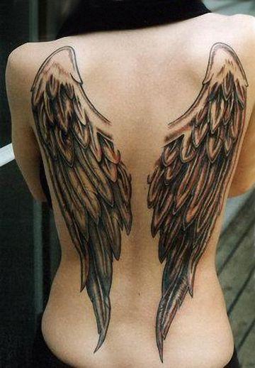 engel en vleugel tattoos zijn zeer populaire tattoos voor vrouwen